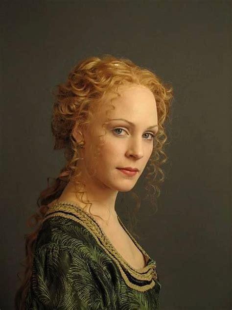 Renaissance Hairstyles by Renaissance Hair Style Renaissance Hair Style From 2010