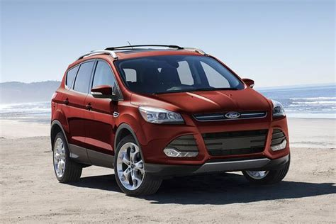 should i buy a ford edge 2015 ford edge vs 2015 ford escape what s the difference