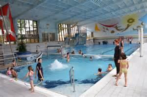 schwimmbad kinderfreundlich schwimmkurse f 252 r kinder im paracelsus hallenbad salzburg