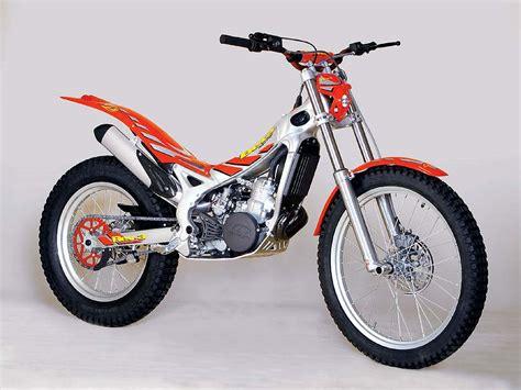2004 beta rev 3 moto zombdrive