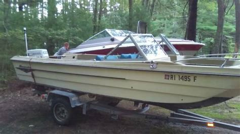 good bowrider boats gone 18 ft bowrider boat in fair good shape south of ma