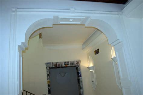 cornici in gesso roma foto arco in gesso di edil finiture colori 49611