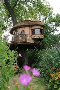 nice tree houses a super tree house amazing photos room decorating