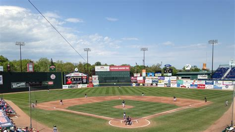 portland sea dogs schedule where to eat at hadlock field home of the portland sea dogs eater maine