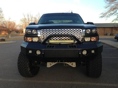 Led Light Bar Silverado 2004 Chevrolet Silverado Duramax 7 Quot Mcgaughy S Lift 20x12 Moto Metal Wheels 37x13 50 R20