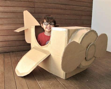 awesome boxes awesome diy cardboard box plane kidsomania