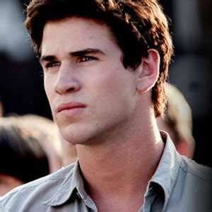 Liam Hemsworth Injured on Catching Fire Set | E! News Liam Hemsworth The Hunger Games Character