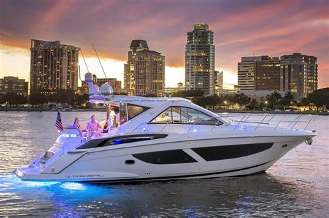 regal boats yachts 2018 regal 53 sport coupe power boat for sale www