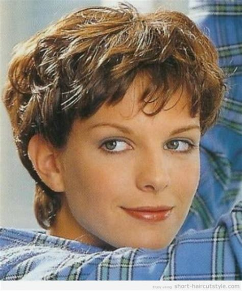 very short haircuts curly hair very short curly hairstyles for women