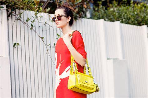 Tas Selempang Bahu Persegi Panjang Kece Wanita Pergi Mall Santai Pesta ingin gaya ke kus anda makin kece ini dia pilihan tas yang tepat
