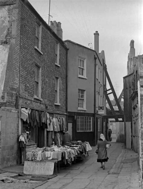 032 Moore Street   Ireland pictures, Dublin, Dublin street
