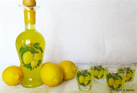 ricetta limoncello in casa liquori fragole e panna
