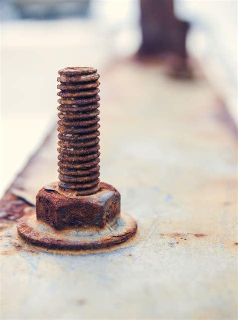 Verrostetes Metall Streichen by Verrostete Schrauben L 246 Sen 187 Mit Diesen Mitteln Klappt S
