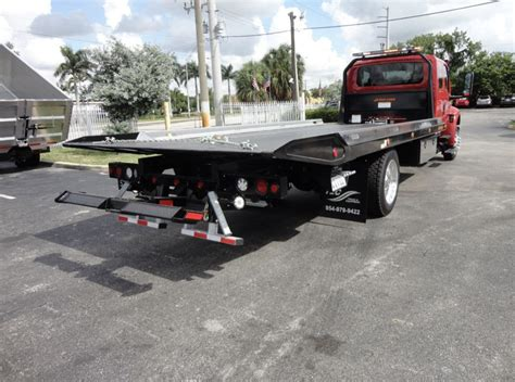 bakersfield towing company top rated towing service  hour roadside assistance