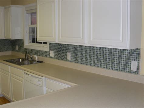 cheap glass tiles for kitchen backsplashes glass mosaic tile backsplash kyprisnews