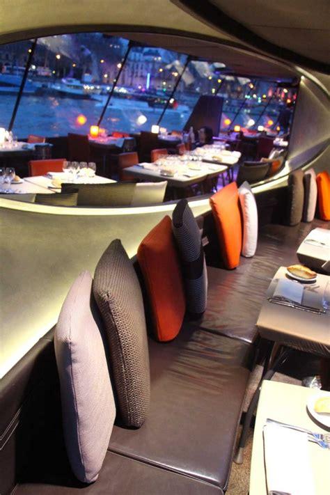 bateau mouche ou le prendre un d 238 ner sur la seine avec les bateaux parisiens bambi 224