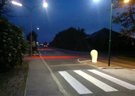quot intelligente quot led stra 223 enleuchten machen zebrastreifen - Beleuchtung Zebrastreifen