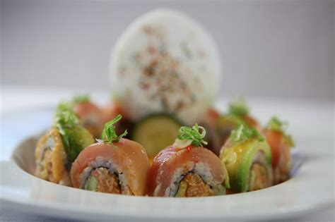 love boat sushi roll albacore delight roll yelp