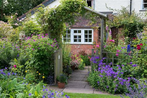 cottage garden ideas contemporary front yard cottage garden ideas take a look