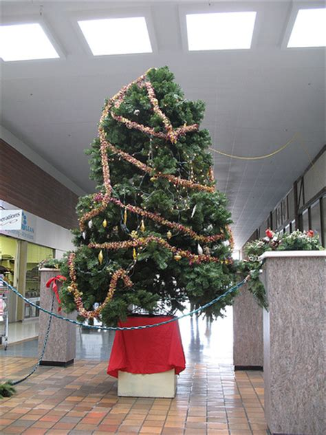 worst mall christmas tree ever flickr photo sharing