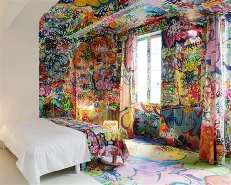 graffiti room essential trend graffiti in interior design l essenziale