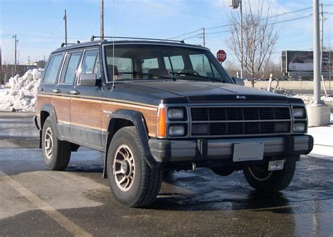 Jeep With Wood Paneling File Jeep Wagoneer Xj Jpg Wikimedia Commons