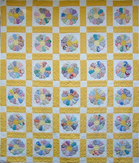 quilt pattern dresden plate free 1000 images about dresden plate quilts on pinterest