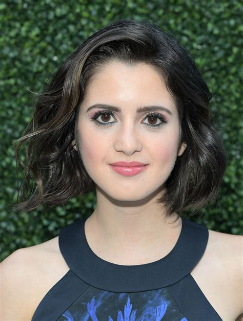 did laura marano really cut her hair laura marano short wavy cut short hairstyles lookbook