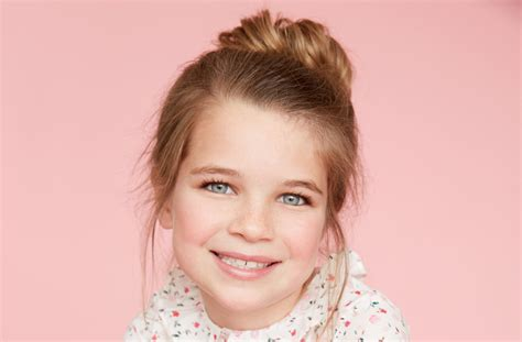 actor on young sheldon 2 breakout young sheldon star raegan revord s hollywood