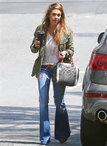 jessica alba flare jeans fan of the flare jessica alba is stylish and slim in a
