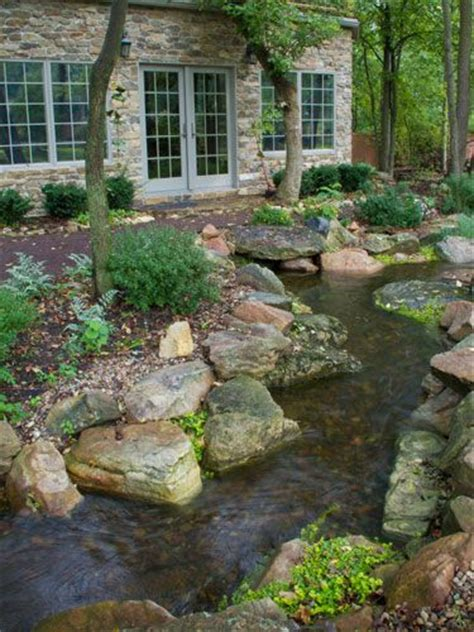 million dollar backyard pond yli tuhat ideaa pihalammet pinterestiss 228 lammet