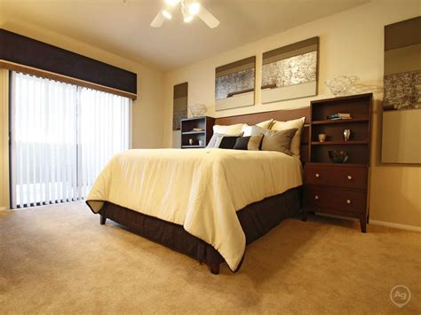 4 bedroom apartments in las vegas the paramount apartments las vegas nv 89123