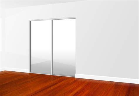 Coloured Glass Wardrobe Doors by 1000 Ideas About Sliding Mirror Wardrobe On