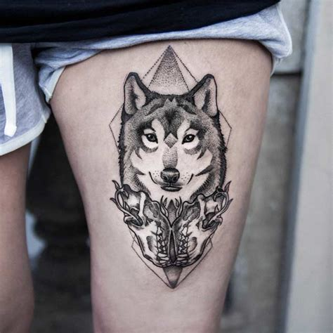 geometric tattoo la 25 amazing geometric dotwork wolf tattoos tattooblend