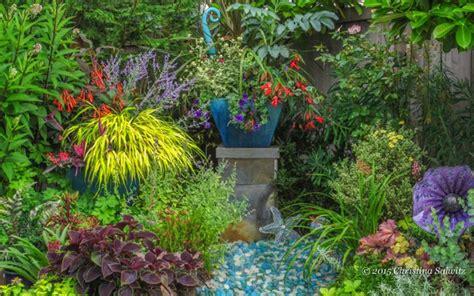 designing gardens with fine foliage