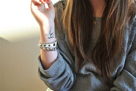 cute wrist tattoos for girls tumblr 25 sweet wrist tattoos for creativefan