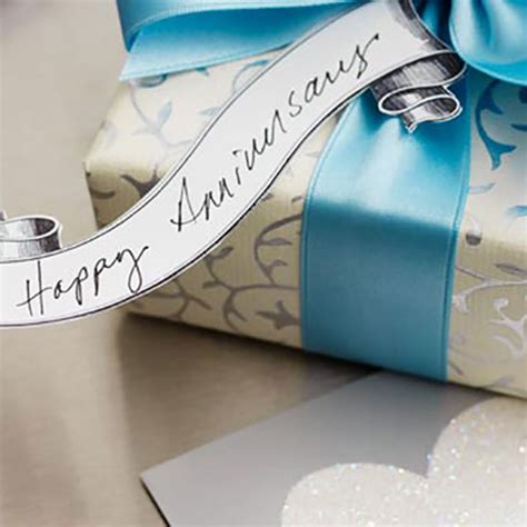 Ee  Anniversary Ee   Gifts By Year Hallmark Ideas Inspi Ion