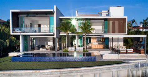 miami modern home design a new modern waterfront home arrives in miami contemporist