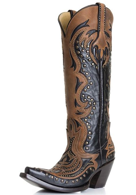 corral s laser inlay cowboy boots with studs black