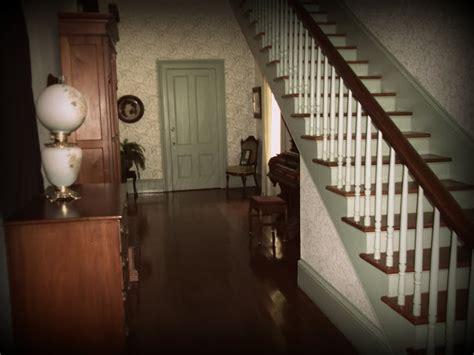 Haunted House Tours by House Is Cuter Than Yours Haunted House Tour