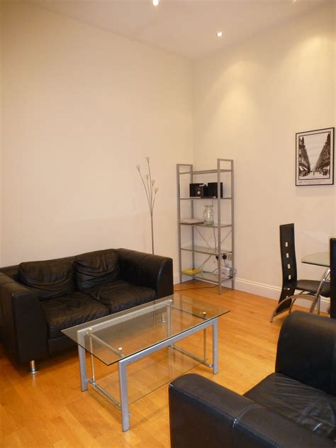 1 bedroom flat to rent in reading private 1 bed apartment to rent queen victoria street reading