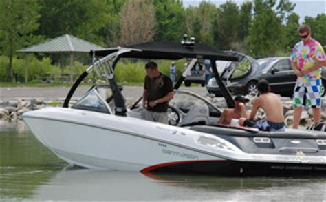 boat driving lessons utah boating wakeboard boat driving instrucion