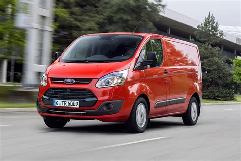 custom ford transit ford transit custom review pictures auto express