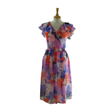 70s floral 70s big floral print dress blue 17 vintage fashion