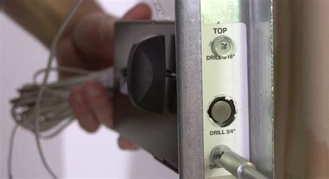 Automatic Garage Door Lock 841lm Automatic Garage Door Lock