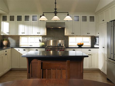 kitchen cabinets to the ceiling what is the height of the upper cabinets and the ceiling