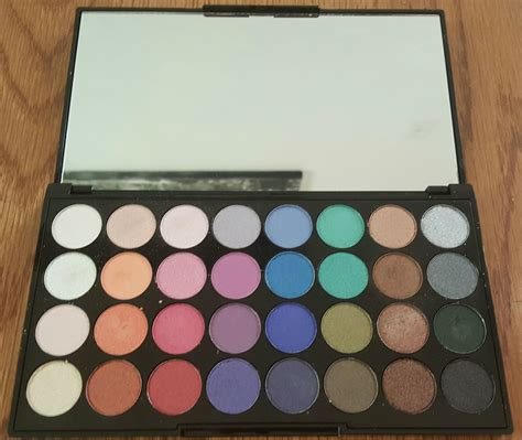 makeover eyeshadow palette review swatches photos makeup revolution mermaids