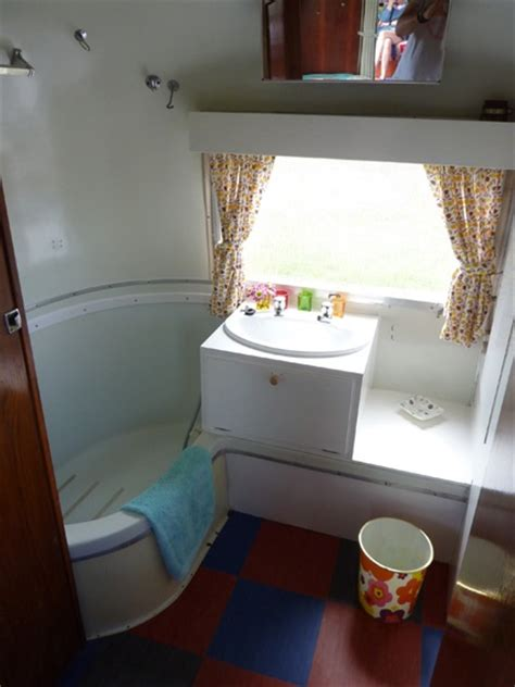 trailer bathtubs nice rv bathroom cers pinterest