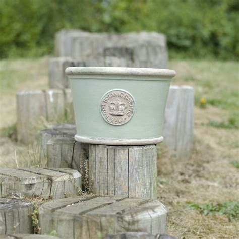 Kew Planters by 18 Best Images About The Orchard Kew Pots Shabby Chic