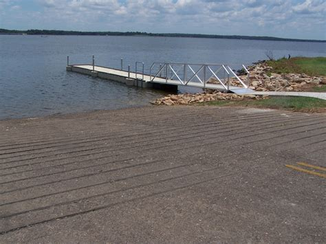 public boat launch lower buckhorn lake courtesy docks